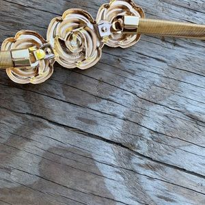 Accessories - 2 for $20 ✨🌹New  elastic gold rose belt 🌹✨